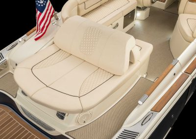 chris-craft-launch-28-gt-rear-lounger-seat-normal