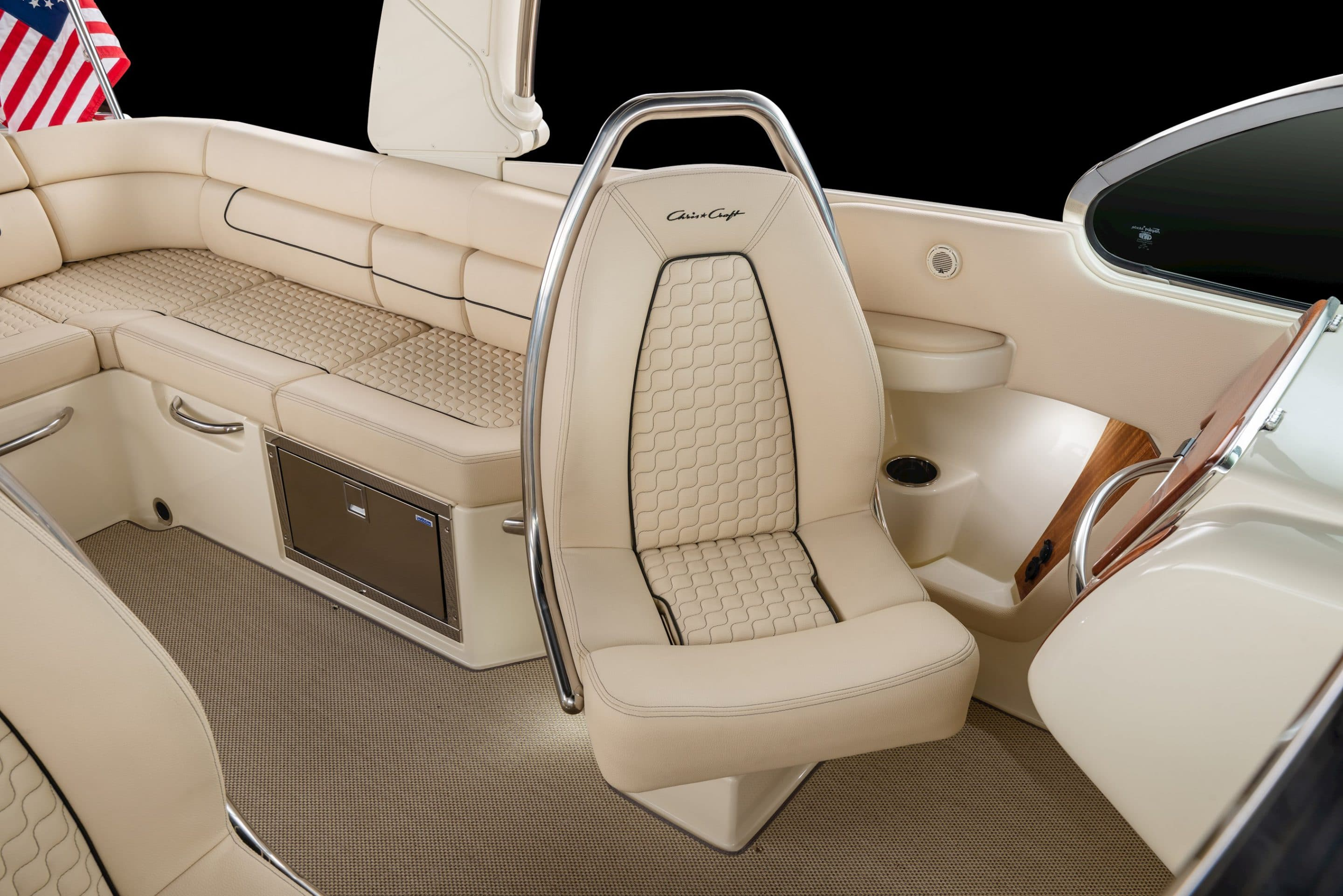 The 2019 Chris Craft Launch 25 GT Seat